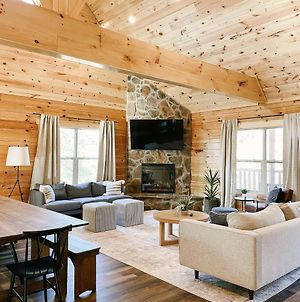 Timber Wheat Retreat - Hot Tub, Community Pool, Game And Theater Room photos Exterior