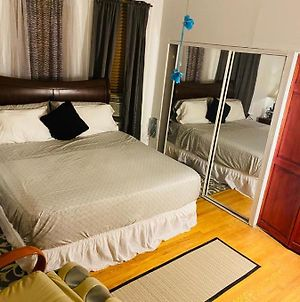 Room Jacuzzi/Massage Sit/Parking/15Mins2Ny photos Exterior