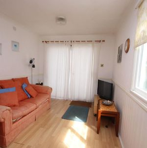 42A Medmerry Park 2 Bedroom Chalet - No Manual Workers Allowed photos Exterior