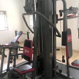 3 Bedroom Apartment In Victoria Island With Pool Table, Swimming Pool And Gym photos Exterior