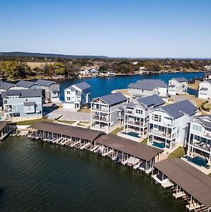 Lakeside Property With Temperature Control Pool On Lake Lbj photos Exterior