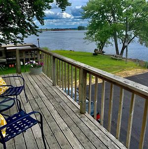Mississippi River Cabin photos Exterior