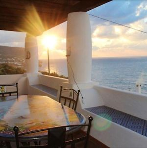 House With 2 Bedrooms In Malfa With Wonderful Sea View Enclosed Garden And Wifi photos Exterior