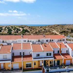 House With 3 Bedrooms In Atouguia Da Baleia With Wifi 400 M From The Beach photos Exterior