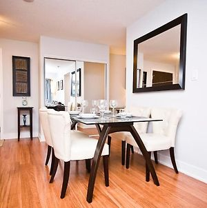 Jj Furnished Apartments Downtown Toronto: Entertainment District Element photos Exterior