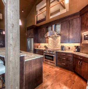 Swift Bear Chalet By Big Sky Vacation Rentals photos Exterior