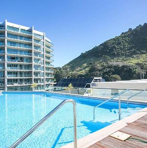 Stunning Elevated Views Of Harbour With Heated Pool, Gym & Parking photos Exterior