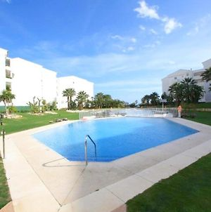 Apartment With 2 Bedrooms In Marbella With Shared Pool Furnished Terrace And Wifi 40 M From The Beach photos Exterior