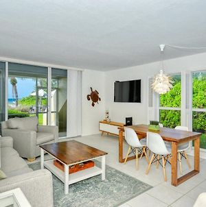Laplaya 101A Step Out To The Beach From Your Screened Lanai Light And Bright End Unit photos Exterior