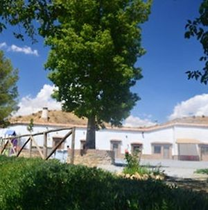 House With 4 Bedrooms In Guadix With Wonderful Mountain View Enclosed Garden And Wifi 60 Km From The Slopes photos Exterior