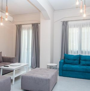 Comfy & Modern Apartment In The Heart Of Heraklion photos Exterior