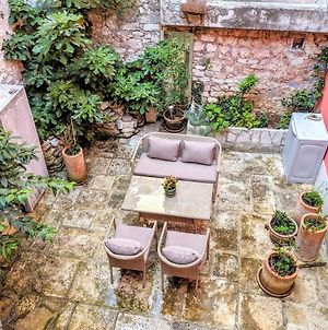 Private Courtyard Medieval Stone Home In Old Town photos Exterior