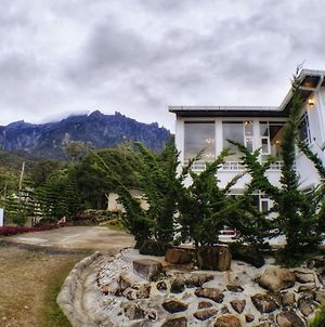 Sling N Stone Vacation Homes, Mt Kinabalu photos Exterior