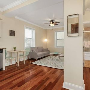 1Br On The Beach Front, 10-Min Drive To Ac photos Exterior