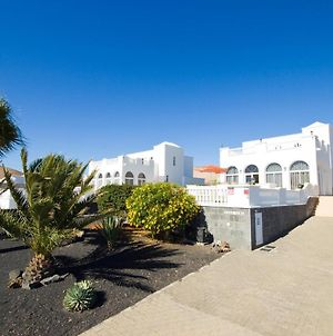Stunning Detached Villa With Unspoiled Views - All You Need And More! photos Exterior