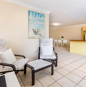 Perfect Position Bribie Beach Across The Road! photos Exterior