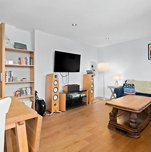 Amazing 3 Bed Flat In Whitechapel Near Shoreditch, In Brick Lane For 6 People photos Exterior