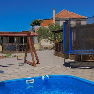 Alluring Holiday Home In Pakostane With Swimming Pool photos Exterior