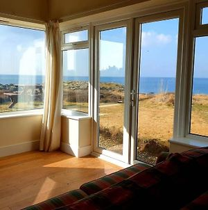 Gwyndy Bach - 3 Bed Apt - Ground Floor - Amazing Sea Views - Trearddur Bay photos Exterior