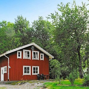 Four-Bedroom Holiday Home In S-Uddvalla photos Room
