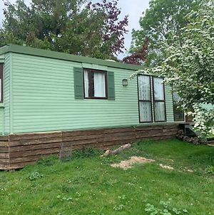 Private Countryside Holiday Cabin 10 Mins From Brighton photos Exterior