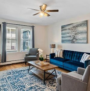 Bright & Airy 2Br, 3 Blocks From The Beach photos Exterior