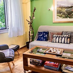 Friendly Apartment Only 6 Min From Underground photos Exterior