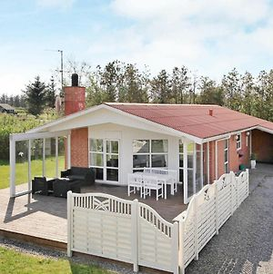 Three-Bedroom Holiday Home In Ulfborg 7 photos Room