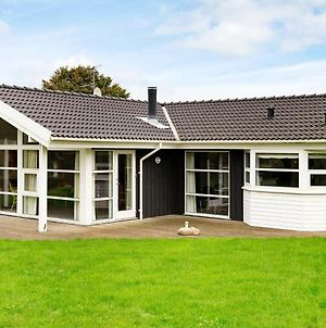 Three-Bedroom Holiday Home In Hejls 7 photos Exterior