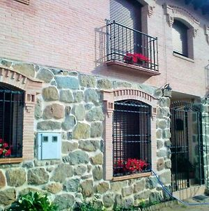 Apartment With 2 Bedrooms In Cenicientos With Wonderful Mountain View And Furnished Terrace photos Exterior