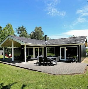 Four-Bedroom Holiday Home In Gilleleje 2 photos Room