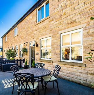 Buxton Centre Cosy Cottage With Free Secure Parking photos Exterior