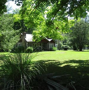 5 Min To I-77, Log Cabin For 2, Wifi, Cable Tv, Amazing View! photos Exterior