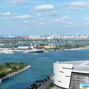 Enjoy The Great View! New&Stylish Condo In Miami With Pool&Gym photos Exterior