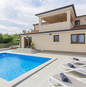 Modern Holiday Home In Porec With Pool photos Exterior