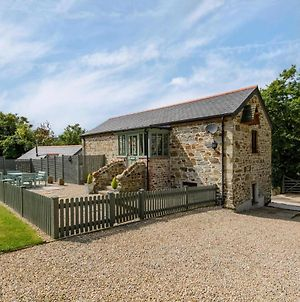 Beautiful Stone Cottage In Dunmere With Garden photos Exterior