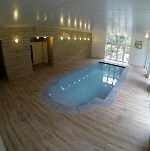 Beautiful Country House With Indoor Pool, Sauna And Private Park photos Room
