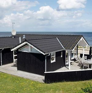 Three-Bedroom Holiday Home In Saeby 7 photos Room