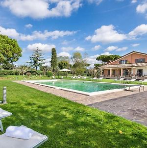 Stunning Home In Anguillara Sabazia W/ Outdoor Swimming Pool And 11 Bedrooms photos Exterior