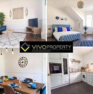 4 Bedroom Beach House At Vivo Property - Free Netflix & Wifi photos Exterior