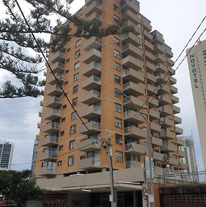 Paradise Tower In Gold Coast photos Exterior