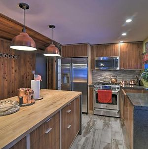 Rustic Anchorage Cabin Getaway With Game Room! photos Exterior
