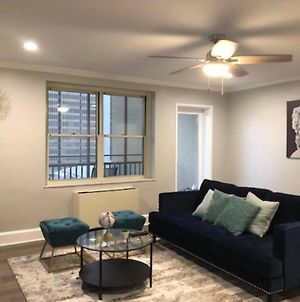 Center Downtown! King Bed! Private Balcony P8I photos Exterior