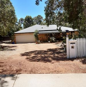 Mundaring Bed And Breakfast photos Exterior