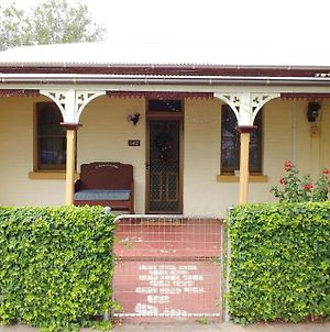 Historic Cottage 200M From Shops And Cafes Wifi Netflix Included - #142 photos Exterior