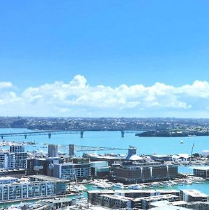 180 Degrees Seaview And Harbor View 2 Bedroom Apt photos Exterior