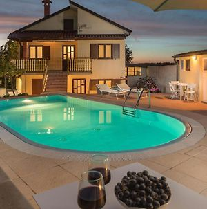 Nice Home In Svetvincenat With Outdoor Swimming Pool, Wifi And 2 Bedrooms photos Exterior