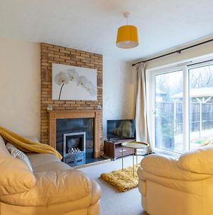 Stunning Cosy House, Free Wifi, Big Garden, Ample Parking, Close To Loughborough University & M1 Motorway - Ask For Contractor Rates! photos Exterior