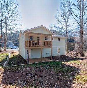 New Cartersville Listing, Fully Renovated, 3 Bedroom Home - Minutes From Lakepoint Sports Complex photos Exterior