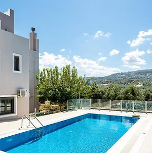Villa With 6 Bedrooms In Adelianos Kampos With Private Pool And Wifi photos Exterior